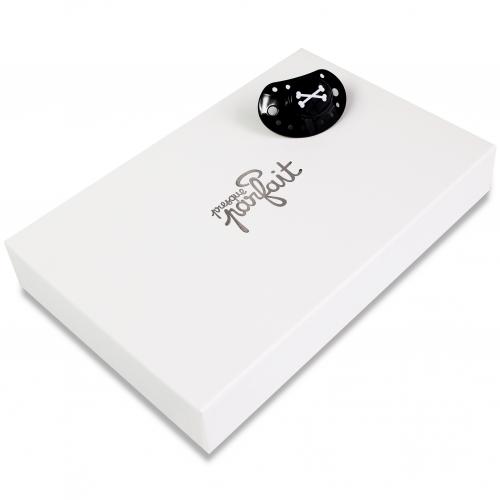 cadeau de naissance lapinou pirate presque parfait. Black Bedroom Furniture Sets. Home Design Ideas